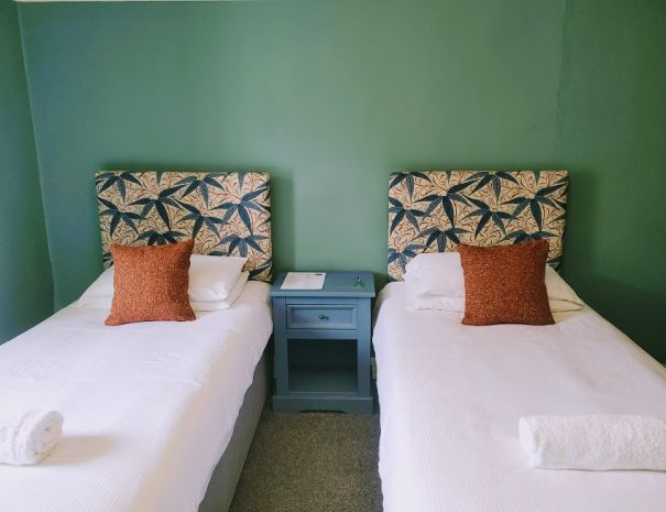 room 3 3