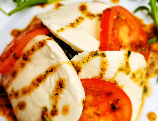 food mozz salad new